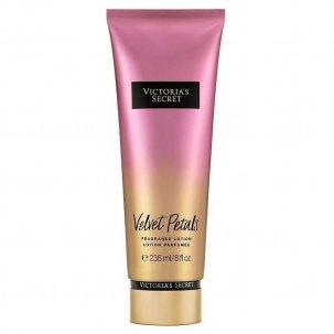 Victoria Secret Velvet...